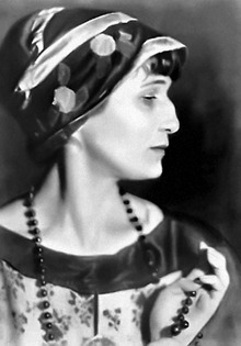 Anna Akhmatova in 1924, photo by Moisey Nappelbaum Moscow House of Photography